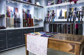 A Lyon, le spécialiste du gant Favel a décidé  de refaire l'agencement de sa boutique. Résultat : un chiffre d'affaires en hausse de 20% !