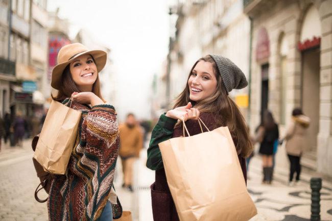 Les Millenials sont 57 % à estimer que « le shopping est un plaisir », contre seulement 47 % de la population européenne générale.