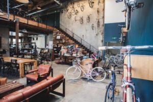 Dans un environnement hyper concurrentiel comme celui du Retail, créer son commerce nécessite une réflexion approfondie sur votre concept de magasin en amont.